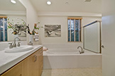 4201 Juniper Ln G, Palo Alto 94306 - Master Bathroom 031