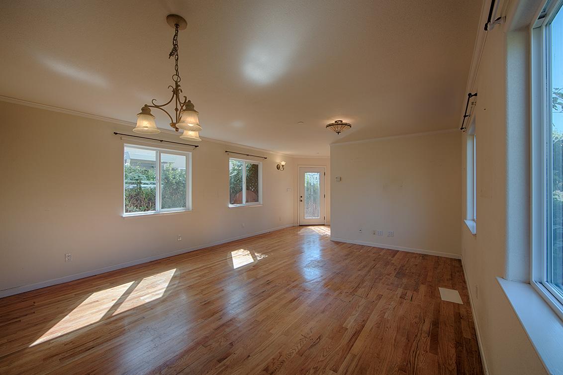 Living Room - 925 Junipero Ave
