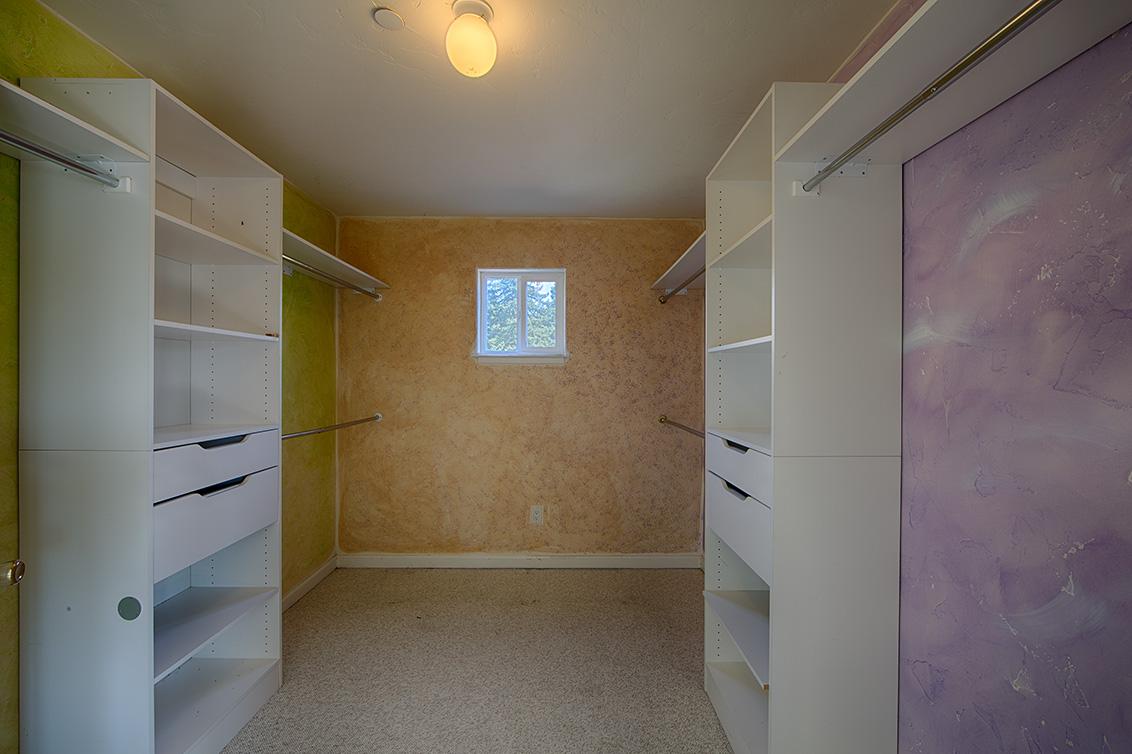 Master Closet (A) - 925 Junipero Ave