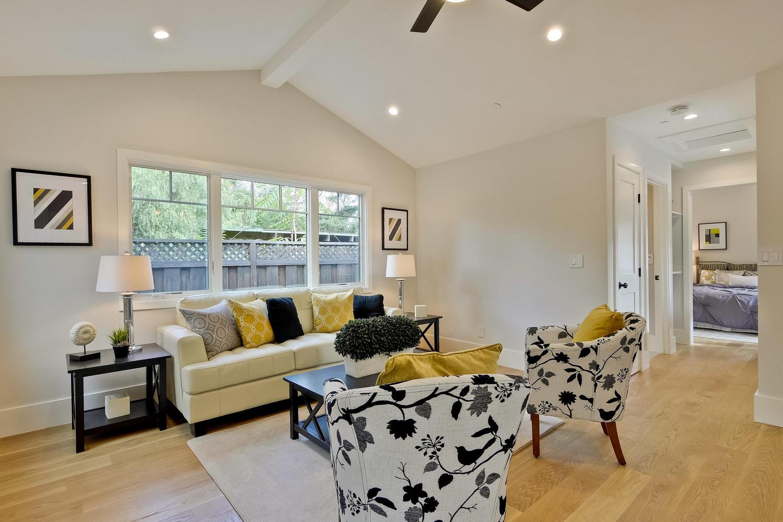 Guest House 11  - 407 Laurel Ave