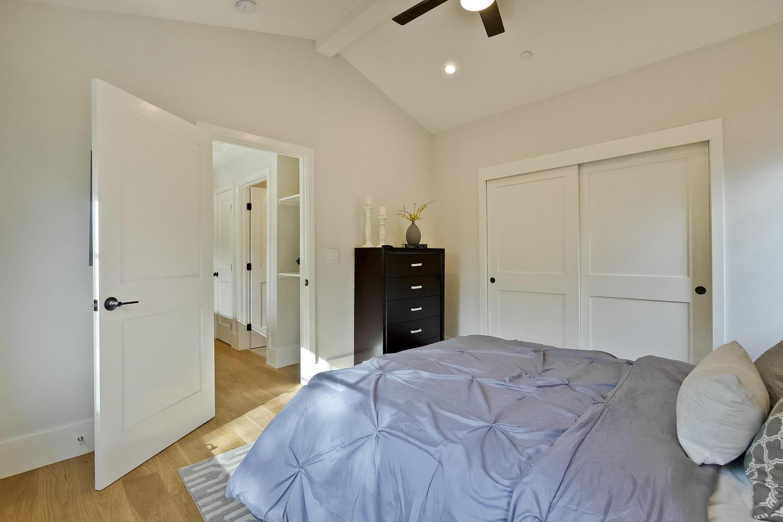 Guest House 16  - 407 Laurel Ave