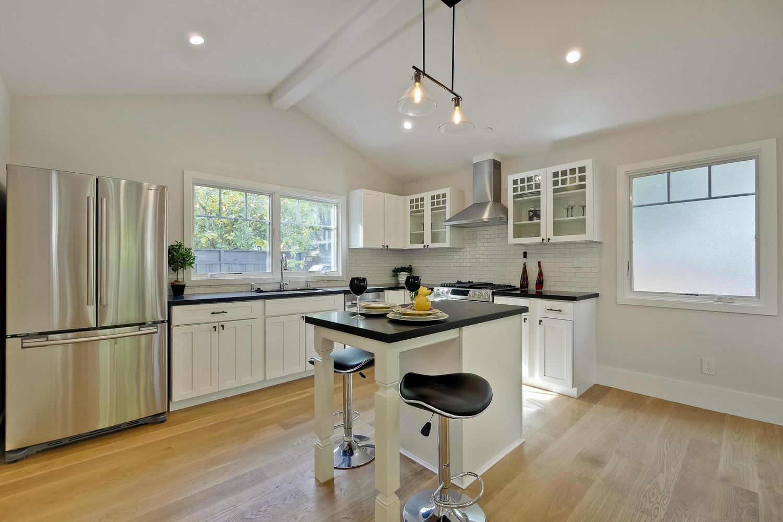 Guest House 4  - 407 Laurel Ave