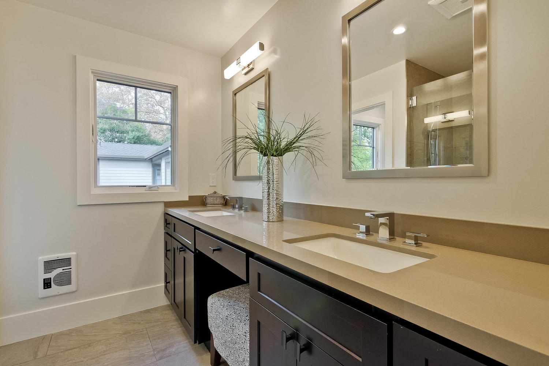 Master Bathroom 1  - 407 Laurel Ave