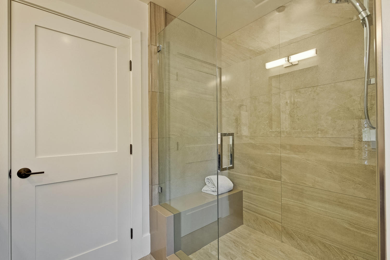 Master Bathroom 3  - 407 Laurel Ave