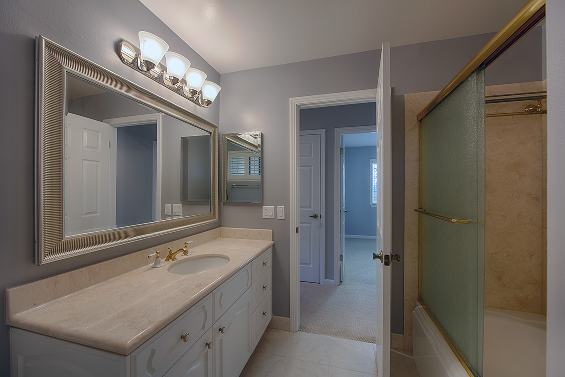 Bathroom 2 (B) - 21025 Lauretta Dr
