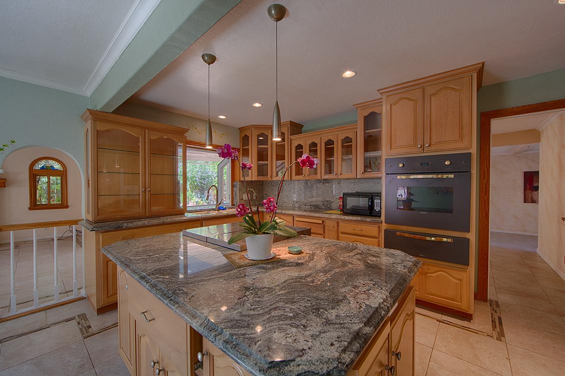 Kitchen (B) - 854 Lavender Dr