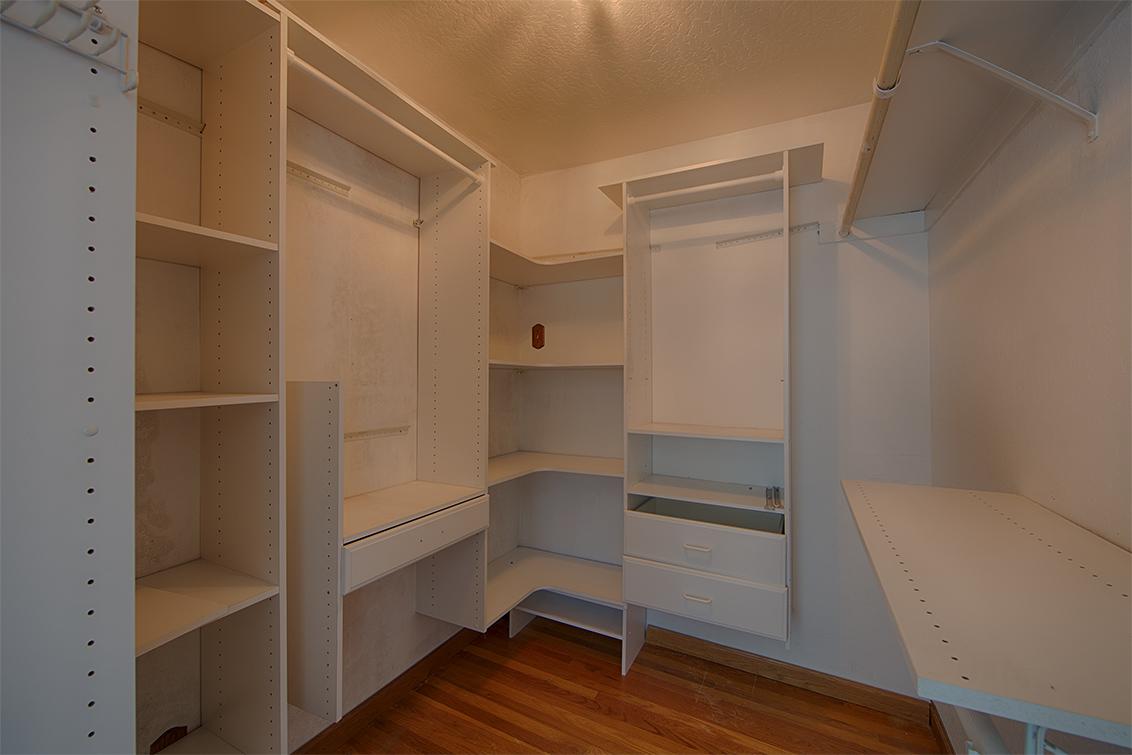 Master Closet (A) - 854 Lavender Dr