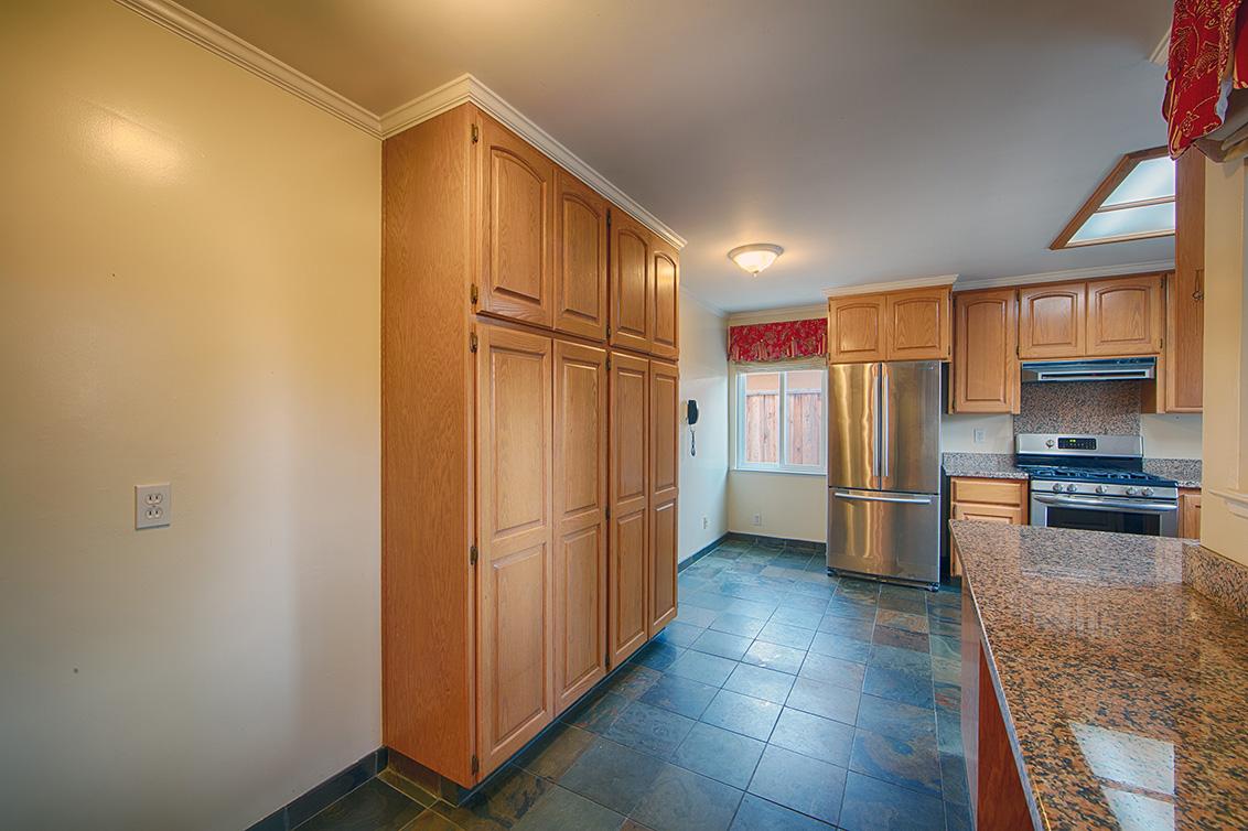 Kitchen Entrance (A)