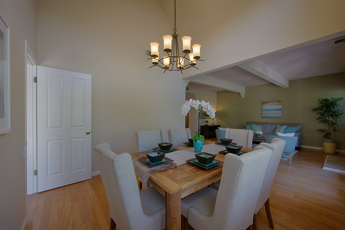 Dining Room (C) - 104 Mendocino Way