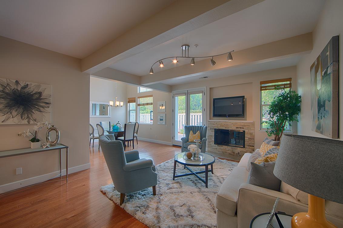 Living Room (D) - 105 Mendocino Way
