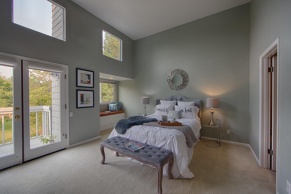 Master Bedroom (A) - 105 Mendocino Way