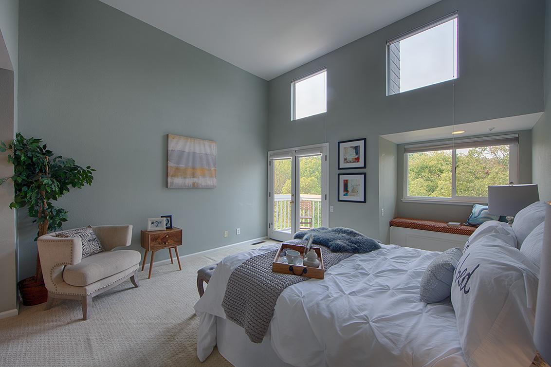 Master Bedroom (B) - 105 Mendocino Way