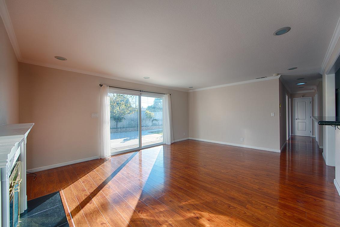 Living Room (B) - 668 N Abbott Ave