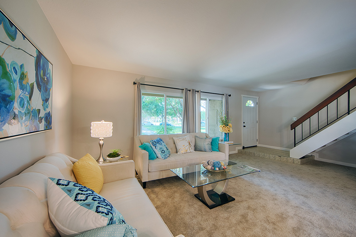 Living Room (C) - 4647 Pinto River Ct