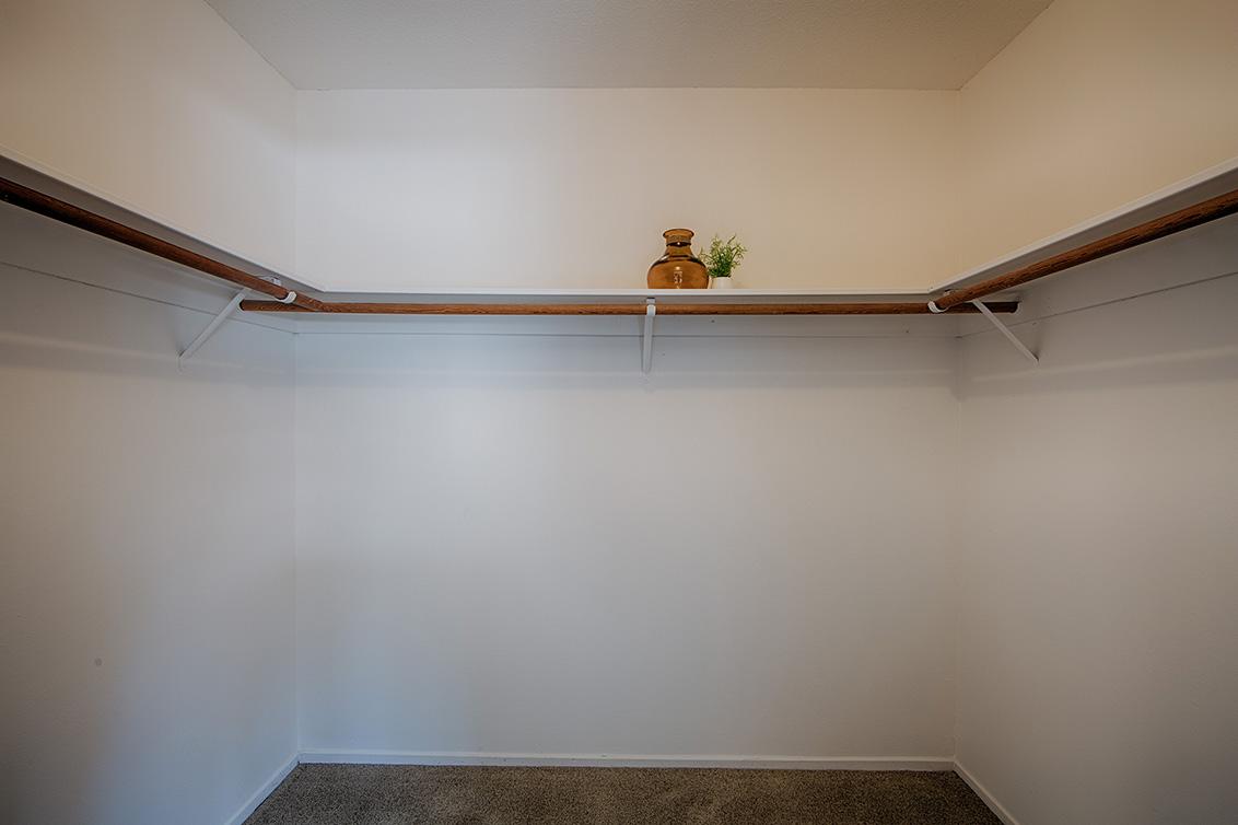 Master Closet (A) - 4647 Pinto River Ct