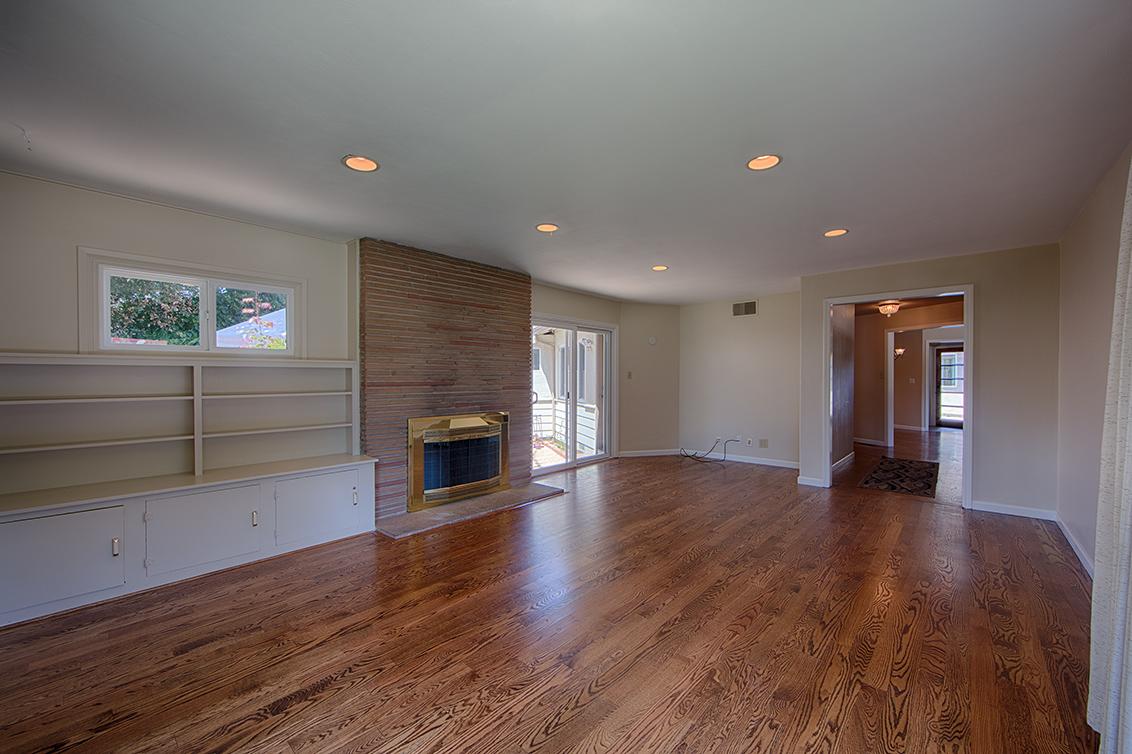 Living Room (D) - 990 Rose Ave