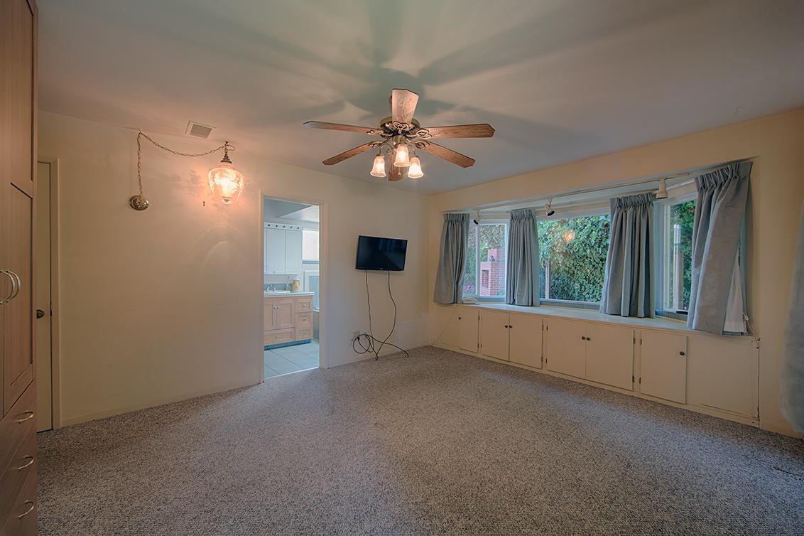 Master Bedroom (B) - 990 Rose Ave