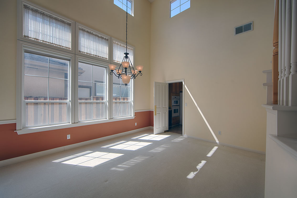 Dining Room (A) - 4267 Ruby Ave