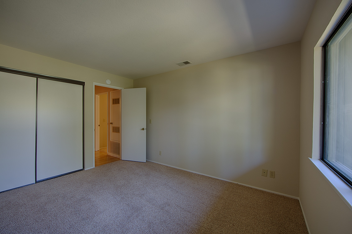 Bedroom 2 (C) - 800 Sea Spray Ln 211