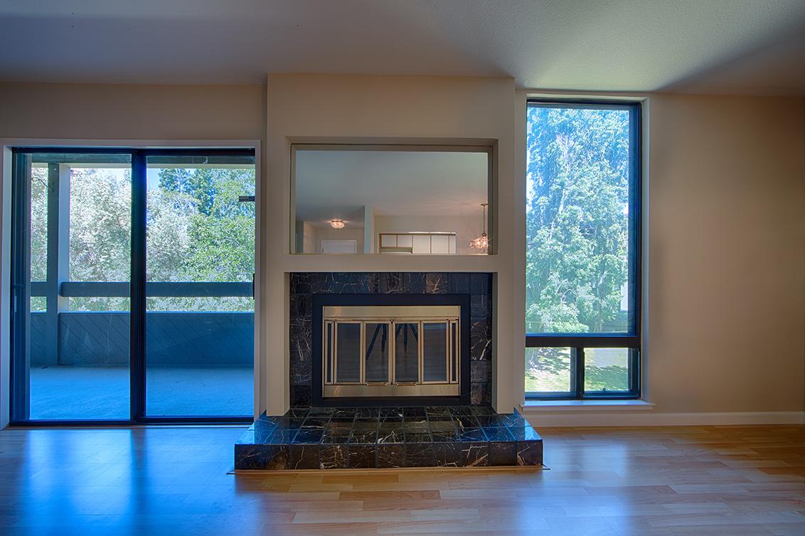 Fireplace (A) - 800 Sea Spray Ln 211