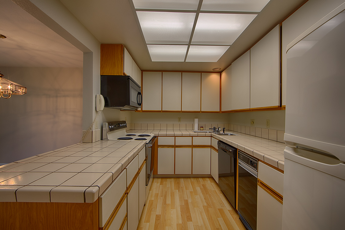 Kitchen (B)