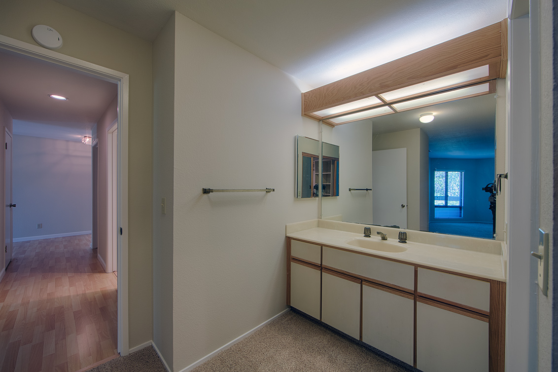 Living Room - 800 Sea Spray Ln 211