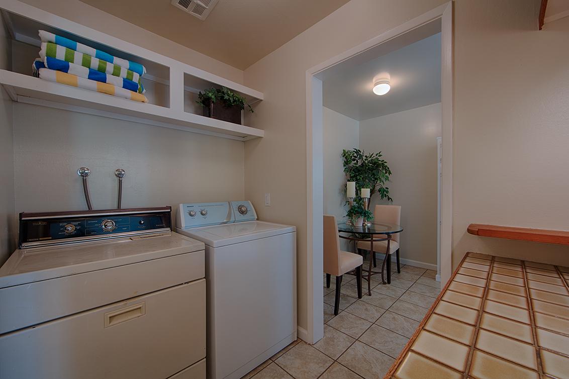 Laundry (A) - 1083 Shell Blvd 9