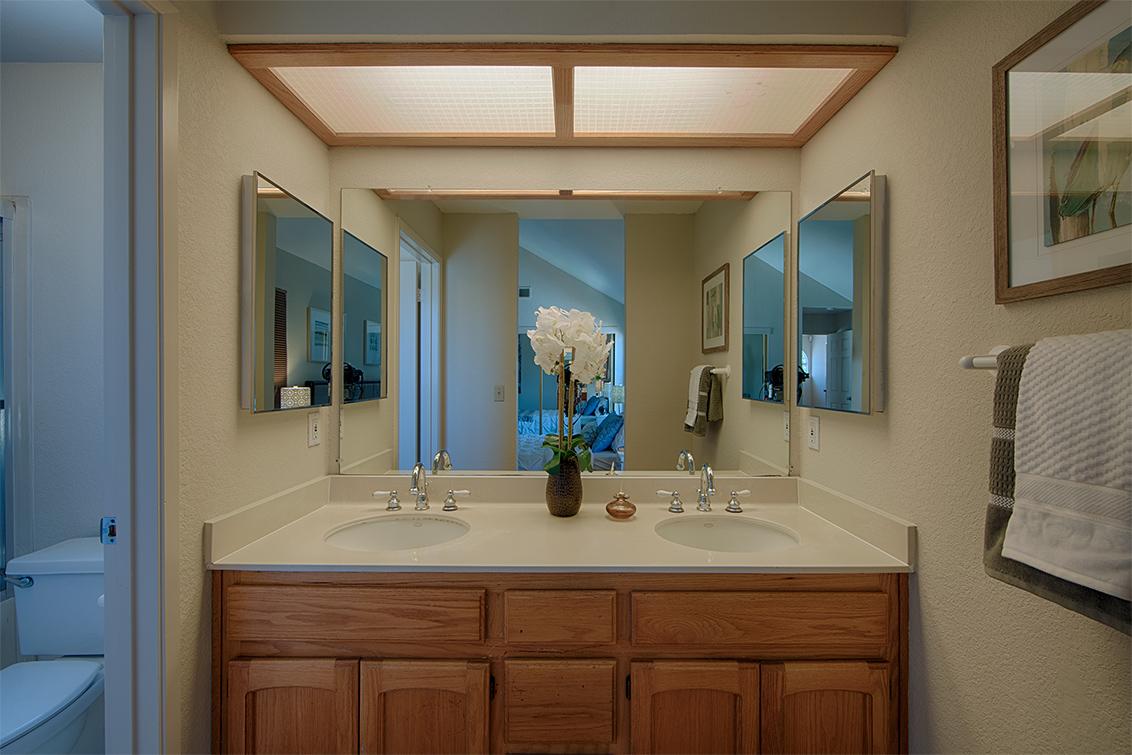 Master Bath (A) - 34248 Tupelo St