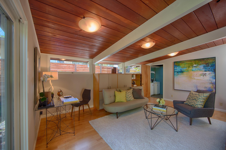 906 Van Auken Cir, Palo Alto 94303 - Family Room (A)