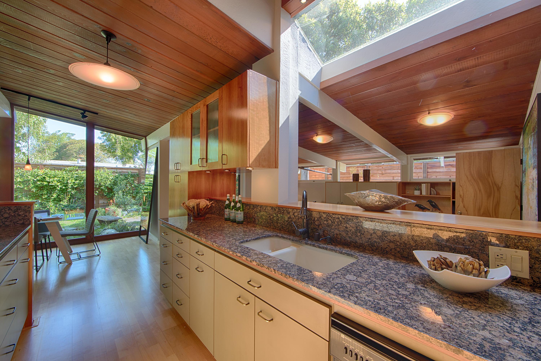 906 Van Auken Cir, Palo Alto 94303 - Kitchen (A)