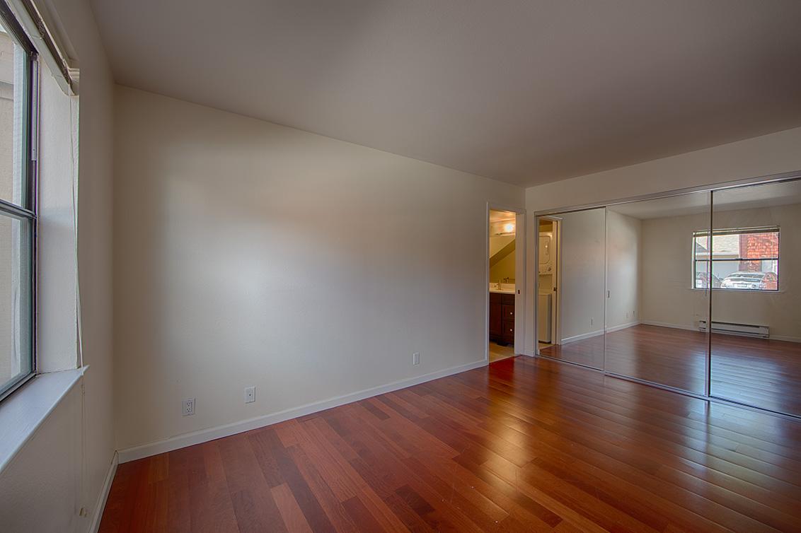 Bedroom 1 picture - 566 Vista Ave, Palo Alto 94306