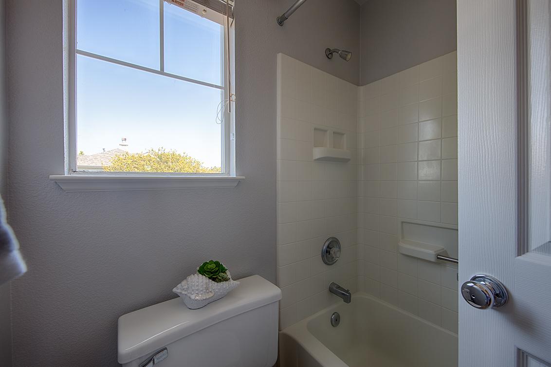 Bathroom 2 (B) - 3002 Whisperwave Cir