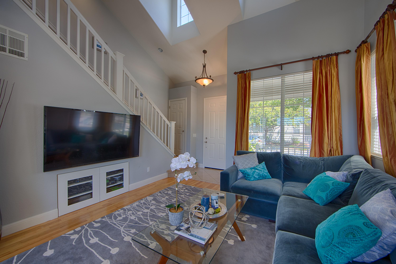 Living Room C 3002 Whisperwave Cir Redwood Shores