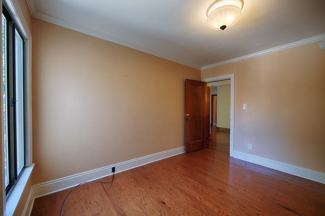Bedroom 3 (C) - 2055 Alameda Way