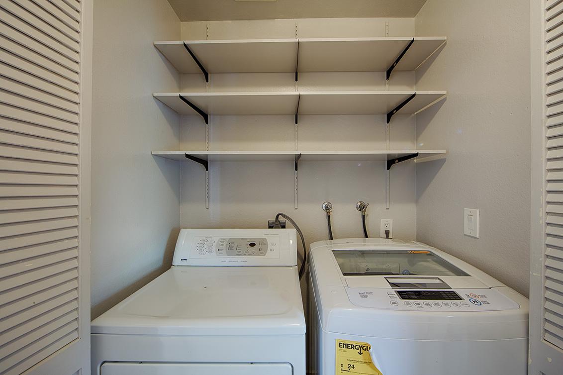 Laundry (A) - 910 Beach Park Blvd 100