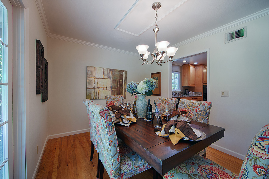 Dining Room (C) - 105 Belglen Way