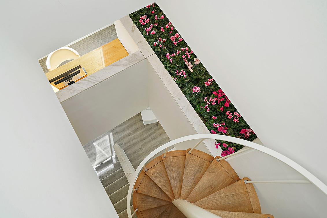 Stairs Aa