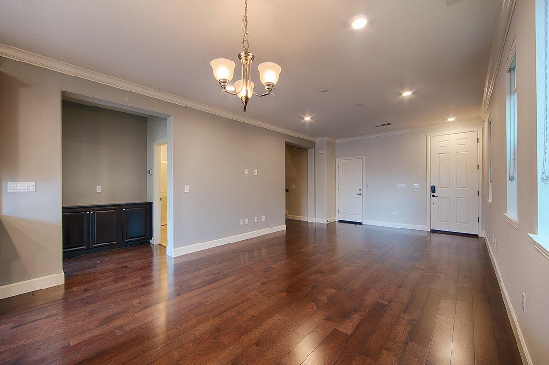 Living Room (D) - 41559 Casabella Common