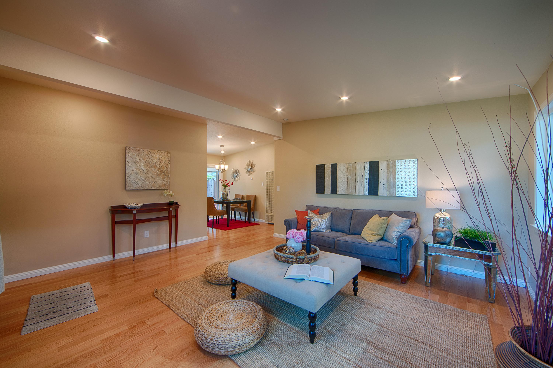 566 Cypress Ave, Sunnyvale 94085 - Living Room (D)
