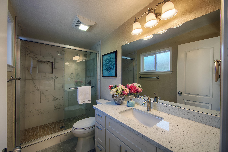 566 Cypress Ave, Sunnyvale 94085 - Master Bath (A)