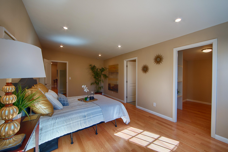 566 Cypress Ave, Sunnyvale 94085 - Master Bedroom (D)