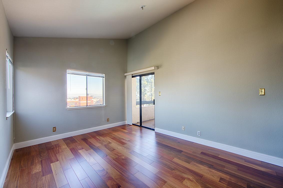 Bedroom 1 (B) - 2 Elm St 202