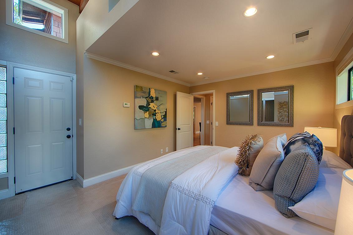 Master Bedroom (C) - 4123 Fair Oaks Ave