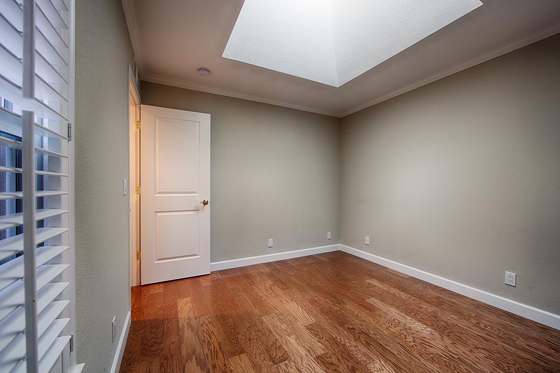 Bedroom 2 (B) - 10110 Firwood Dr