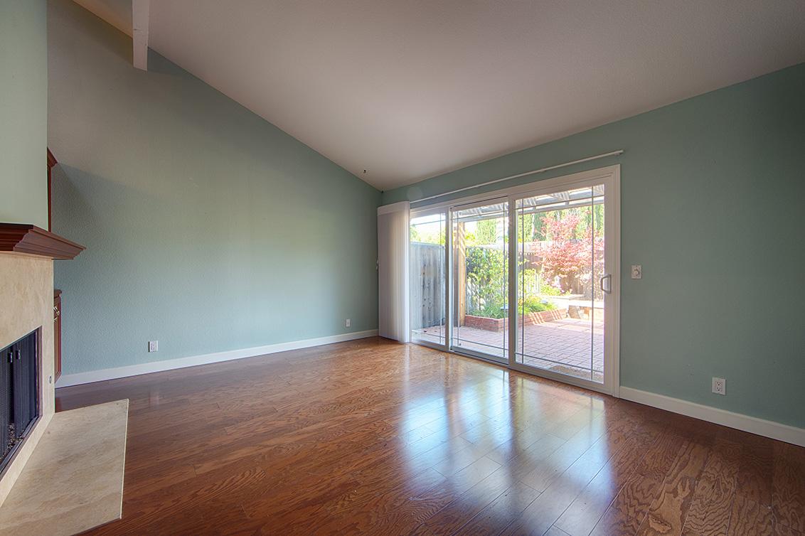 Living Room (A) - 10110 Firwood Dr