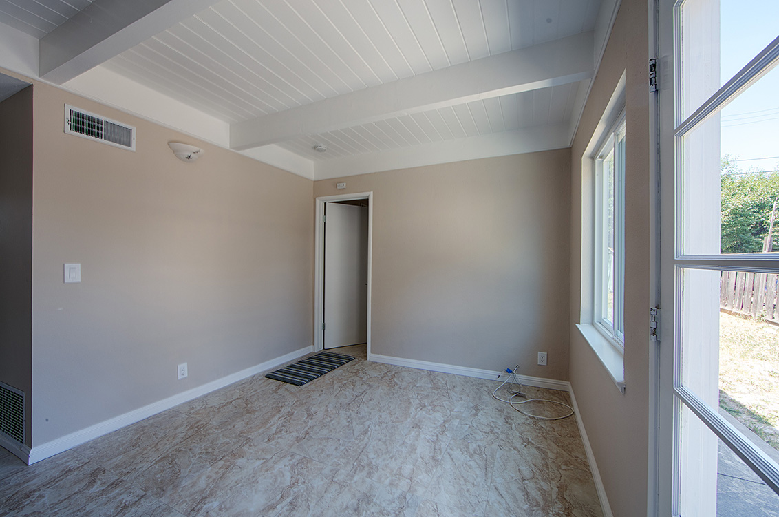 Breakfast Room (A) - 2881 Forbes Ave