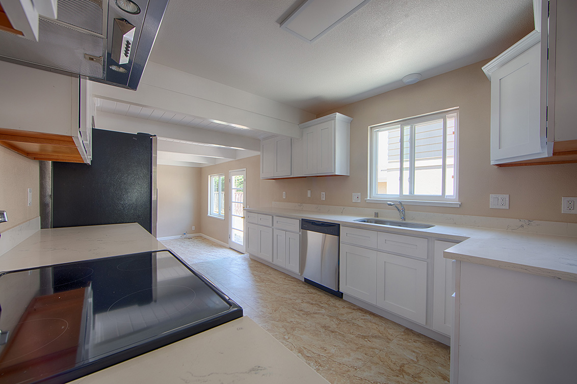 Kitchen (A) - 2881 Forbes Ave
