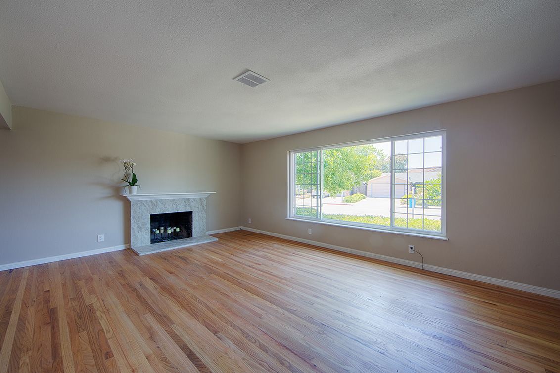 Living Room - 2881 Forbes Ave