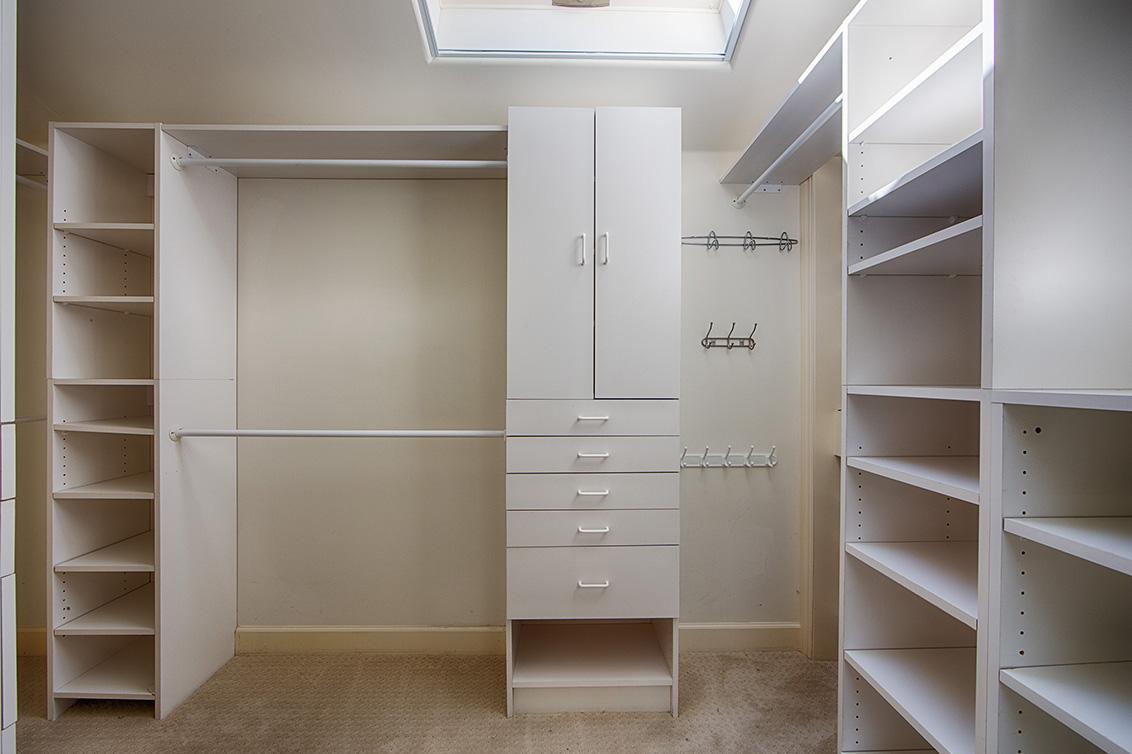 Master Bedroom Closet (A)