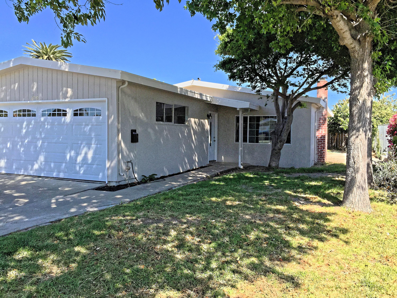 Front View - 2736 Gonzaga St, East Palo Alto 94303